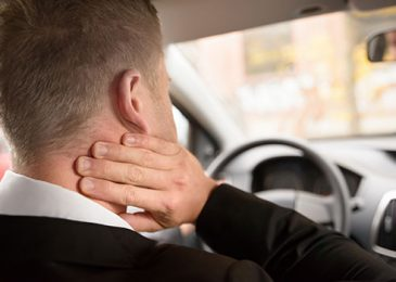 How To Deal With Neck Pain After Car Accident